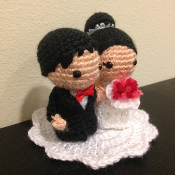 Crochet Wedding Gifts Patterns: Amigurumi Crochet Wedding Kokeshi Couple Doll Pattern