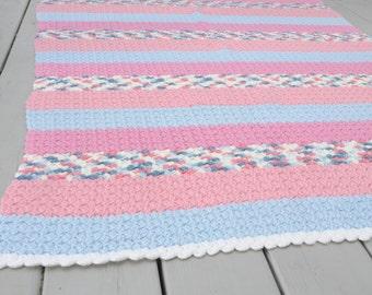 Vintage Handmade Afghan Blue Pink