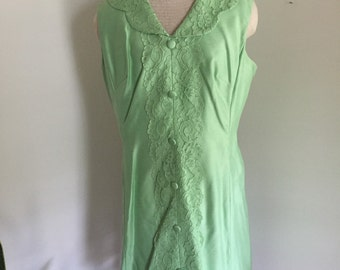 Vintage Mint Green Faux Silk Shauntung and Lace Cocktail Dress with Dolly Collar L XL