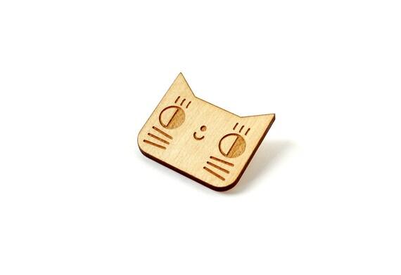 Cat brooch - kitten pin - lasercut maple wood - cute animal jewelry - graphic jewellery - wooden accessory - kawaii - lasercutting