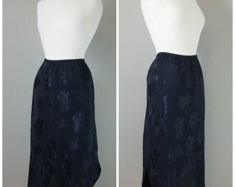Vintage BLACK LINGERIE SLIP/Skirt/size Small-Medium