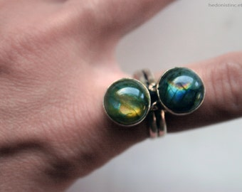 Vintage Rainbow Labradorite Stacked Stone Ring // Rainbow Labradorite Vintage Statement Ring