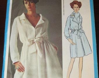 Vintage 1960s Vogue Americana 2136 James Galanos One-Piece Dress Sewing Pattern