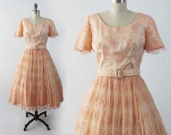 Vintage 50s Pink Lace Dress - Short Sleeve Fit and Flare Party Dress - Rockabilly Prom Dress Formal Alternative Bridal Dress - Sz Medium M
