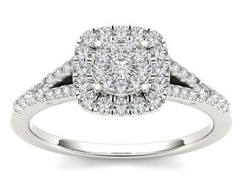 10Kt White Gold Diamond Engagement 0.50 Ct Ring