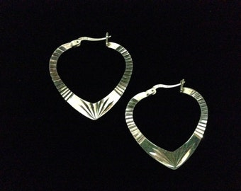 Vintage 925 Silver Decorated Heart Shaped Pierced Earrings (ABX1E)