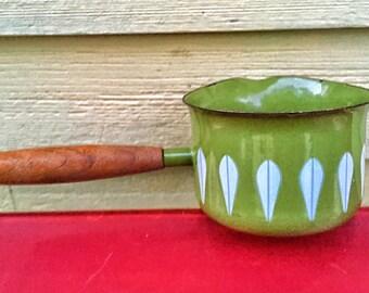 Catherineholm green lotus mid century modern enamelware butter or sauce pan norway