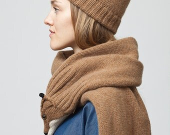 brown fox stole with beanie