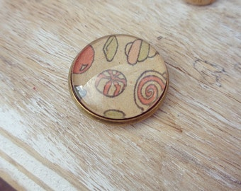 Candy magnet - cute kitchen accessories - antique brass - summer