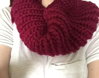 Handknit Cowl - Raspberry