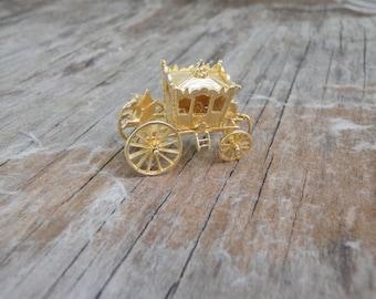 Solid 14K Yellow Gold Cinderella Charm Pendant Cool Fun Unique Carriage 3D Fairytale Little Glass Slipper Folk Tale Magic Lucky Fun Gift