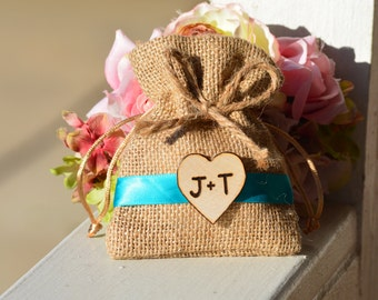 Burlap favor bags set of 10, personalized wedding favor bags, rustic favor bags, hessian bags, bachelorette party favor bags, (F102)