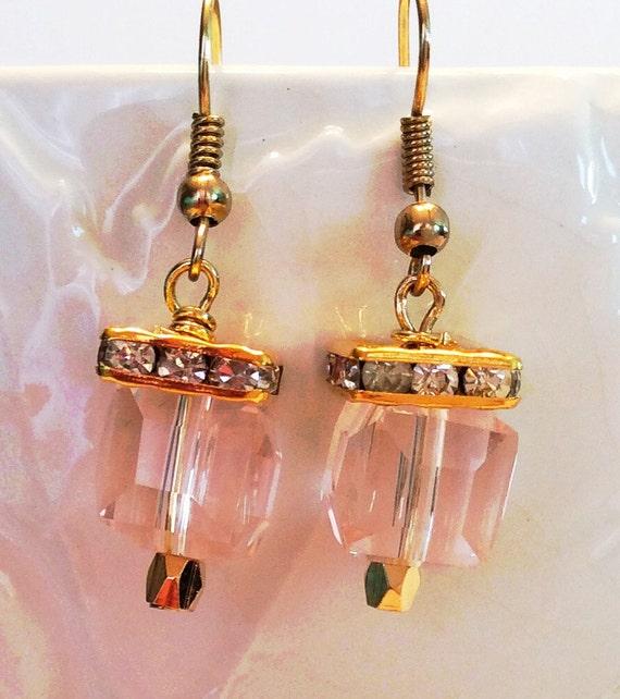 SWAROVSKI CRYSTAL CUBE Earrings Pink
