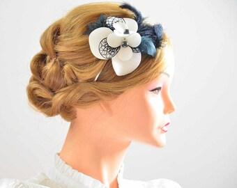 Bridal hair clip in ivory and black Bridal feather clip Wedding headpiece Bridesmaid hair piece Wedding hair accessories