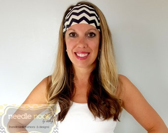 The Black & Ivory Chevron Yoga Headband - Spandex Headband - Boho Wide Headband