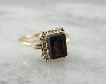 Vintage Black Onyx Intaglio Ring  AKDA7Y-D