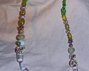 Green Bead Necklace (E 585)