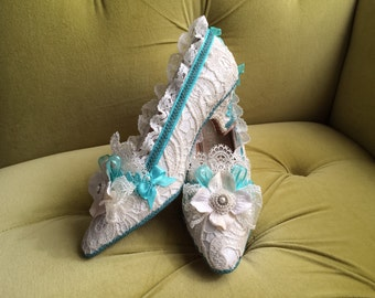 Marie Antoinette Heels Shoes Rococo Baroque Teal Turquoise Costume Floral Ivory Cream Off White Antique Style Lace Pearls Bows Bridal CUSTOM