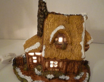 THATCHED COTTAGE  Lighted Thatched Cottage Decor. English Cottage Lamp. Cottage in Winter. Lighted Cottage Decor. English Cottage Decor.