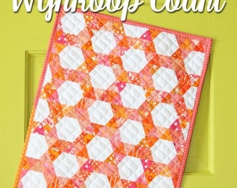 Mini Wynkoop Court quilt pattern by Sassafras Lane Designs - mini quilt pattern, modern mini, modern quilt, hexagon quilt, triangle quilt