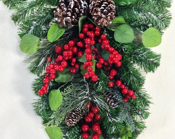 Christmas Swag, Christmas Wreath, Holiday Swag, Holiday Door Decor, Winter Wreath, Christmas Decor, Berry Swag, Red Berry Swag, Green Red