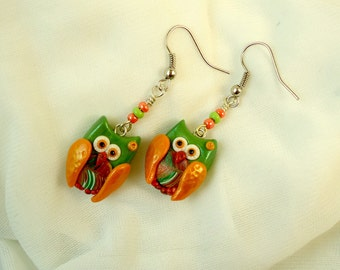 Green orange retro owl earrings, Handmade polymer clay fimo little owl modern jewelry, Cute forest creature kawaii, Bird wing accessories