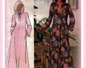 Sewing Pattern Vintage 1970s Womens' Hooded Caftan Butterick 4513