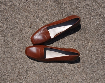cognac slip on flats / minimalist leather loafers / brown leather shoes 8