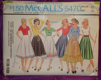 1970s 70s Vintage Short or Long Sleeve Scoop Neck T Shirt n Circle Skirt in 5 Vws UNCUT McCalls Pattern 5470 Bust 34 Inches 87 Metric