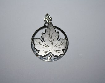 Beautiful Vintage Maple Leaf Sterling Silver Necklace Pendant