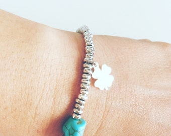 Bracelet with 925 silver rings and turquoise stones