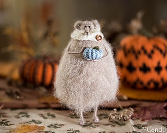 Autumn Decoration Knitted Mouse Dainty Art Doll Fall Harvest Decor Rustic Home Decoration Thanksgiving Gift Idea Blue Teal Pumpkin Halloween
