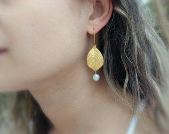 Gold Leaf Earrings, Drop Earrings, Delicate Gold Earrings, Pearl Earrings, Dainty Earrings,