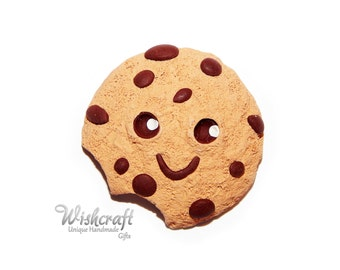 Cookie Magnet, fridge magnet, polymer clay cookie, biscuit magnet, chocolate chip cookie