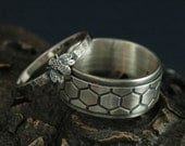 Bee Rings--Honey Bee Mine Silver Wedding Set--Bumble Bee Band--Honey Bee Ring--Helix Ring--Honeycomb Ring--His and Hers Rings--Promise Rings