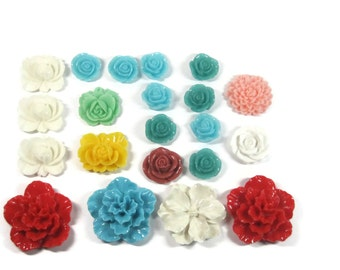 Destash lot of 21 Resin Flower Cabochons 1 3/4 - 3/4 inches