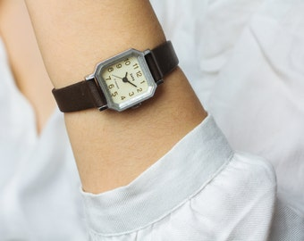 Square ladies' watch Zaria / Dawn – vintage womens watch – mechanical watch her – leather watch woman – present for her USSR 70s