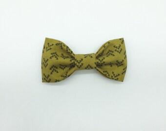 Cactus & Black Arrowhead Bow Tie Hair Clip or Clip On Bow Tie //  Nomad Arrowhead. Modern