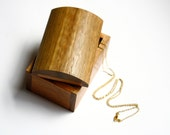 Wooden trinket box / jewellery box handmade from Australian Mountain Ash wood by Joe Costatino
