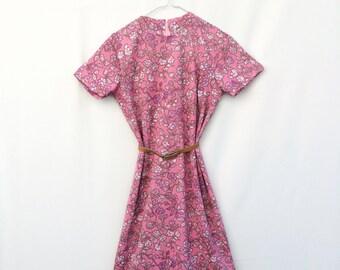 Vintage womens dress / Womens floral dress / Ladies day dress / Womens 1960s FLORAL Shift dress  Long dress Oversized dress