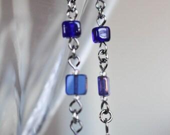 Les Cubiques, earrings, dark blue
