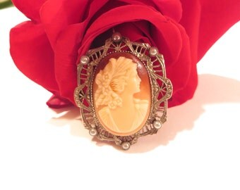 Antique Seed Bead Cameo Brooch / Pendant