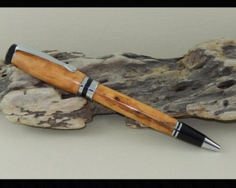 Classic Maple Burl Twist Pen