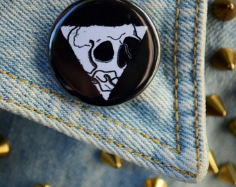 """Triangle """"Death is a Plague"""" Skull Button"""