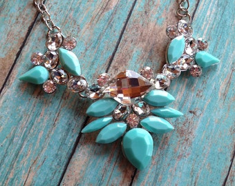 Turquoise and Crystal Necklace, Beaded  Necklace,Southwest Necklace, Southwestern Necklace, Southwest Jewelry, Statement Necklace