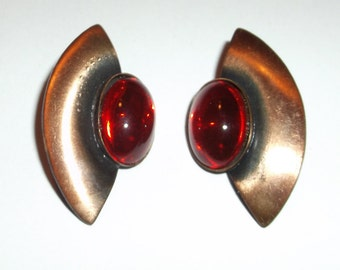 Vintage Pierced Earrings Copper Pierce Stud Earring with Red Cabochons Fashion Earrings Ruby Art Deco Modern Sculpture Abstract Art Native