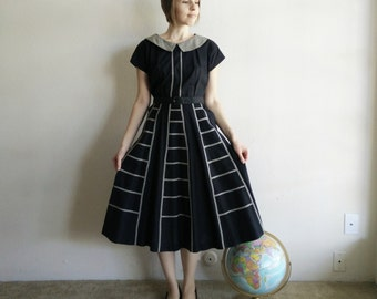 Vintage 1940s Geometric Dress/Peter Pan Collar/40s Dress