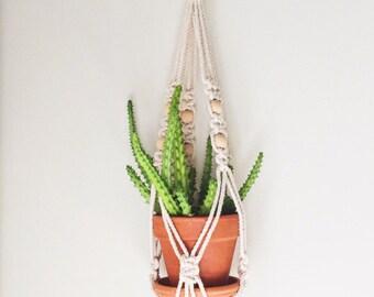 Single Macrame Plant Hanger- Vintage