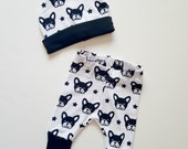 Baby boy clothes, trendy baby boy, baby leggings, dog print baby set, baby leggings, baby beanie and pant, baby boy gift, bull dog baby boy