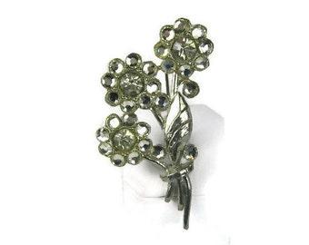 Pot Metal Rhinestone Flower Brooch